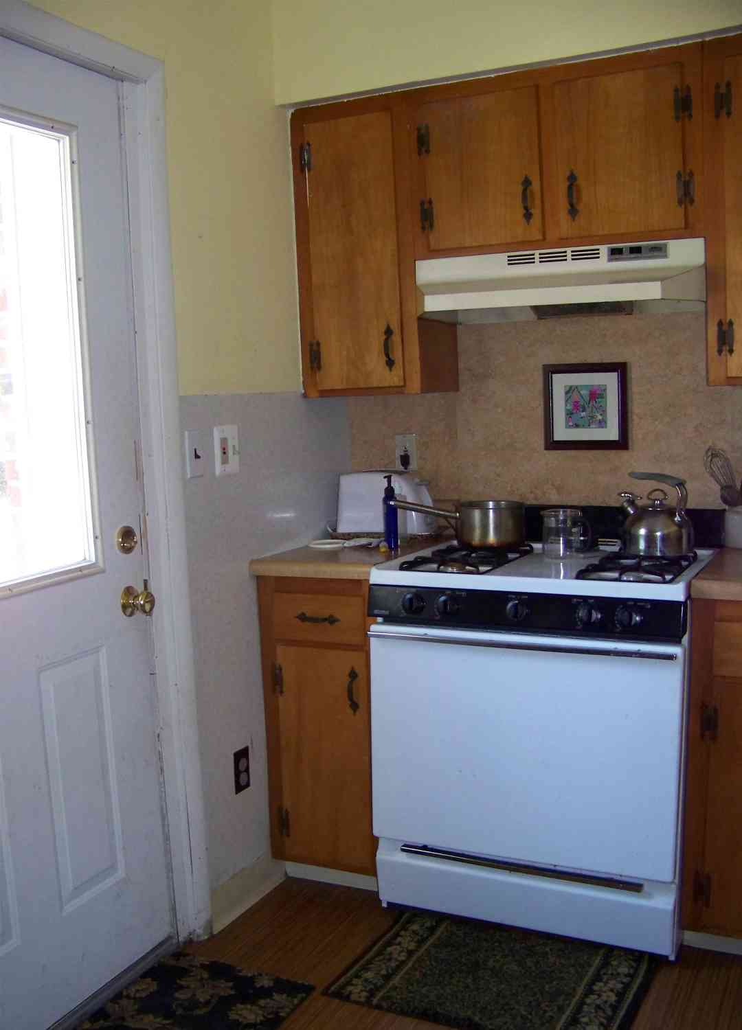 Allen's Landing Winooski VT - Gas Stove in Kitchen of Apartment C